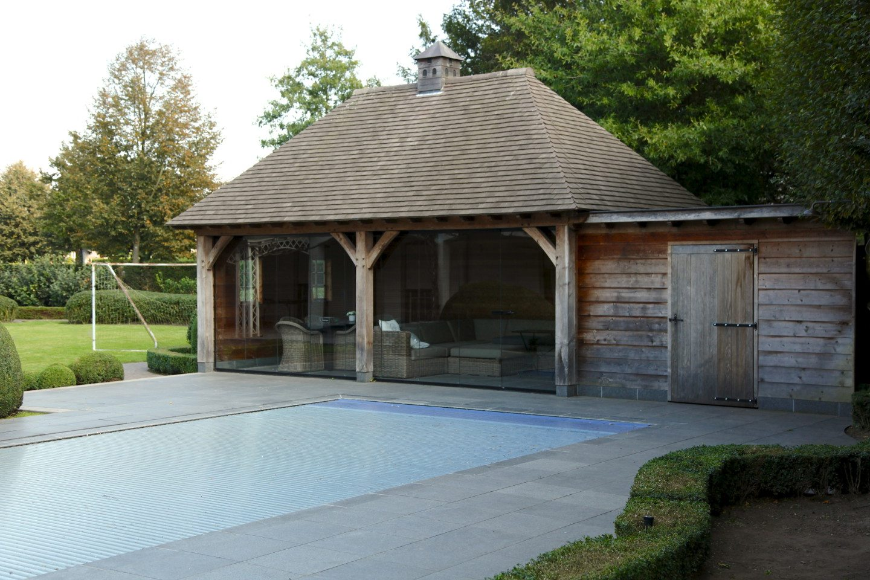 Poolhouse kwanten olyslaeghers broux houtconstructies for Bijgebouw tuin